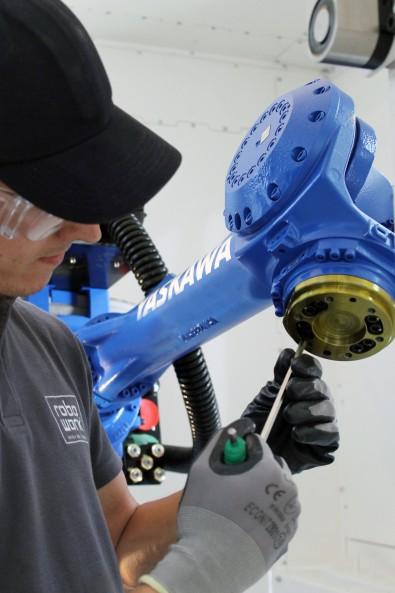 Manutenção de Robôs Industriais