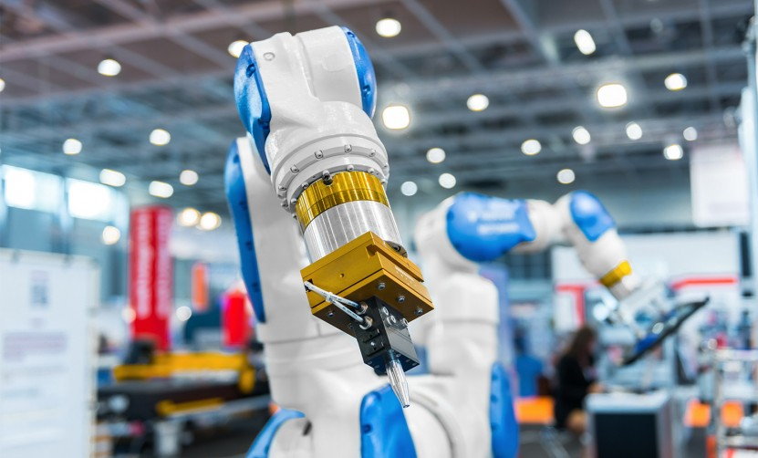 Service and Training for the robotic world